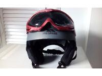 tresspass helmet and goggles (NEW)