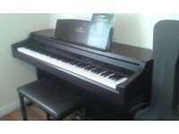 YAMAHA CLAVINOVA CLP-840 ELECTRIC PIANO