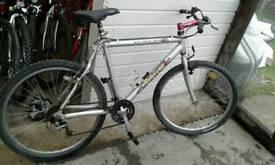 Muddy fox adults bike grey 9