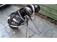 New Right Handed Golf Package Set from Golfsmith. Woods,Irons,Putter,Stand Bag,Umbrella,Glove,Balls.