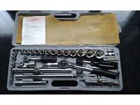 FOR SALE - LARGE METRIC SOCKET WRENCH SET £15 / AND LARGE MULTI-SCREWDRIVER SET £10