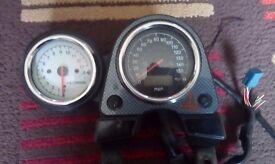 sv650 99 model Speedo/ tachometer only