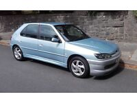 Peugeot 306 1,4cc with powerstreeing