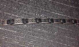 Mens titanium bracelet. Black.