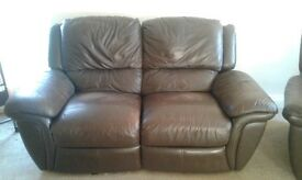Reclinable 2 seater leather sofa