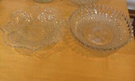 2x Vintage glass dishes / for hamper baskets