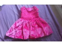 Bundle of 7 baby girl outfits 0-3 months