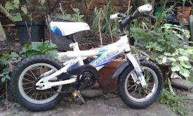 Child's first bike - 12''