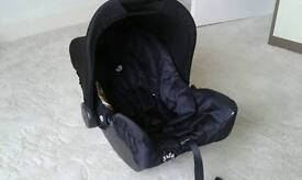 Joie Juva baby seat / infant carrier like new