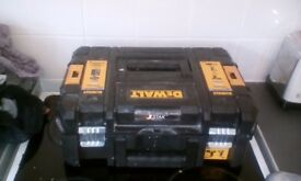 Iv had these drills 4 weeks still like new stil got recipt comes with dewalt 100 piece set
