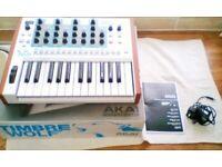 Akai Timbre Wolf analogue Synth