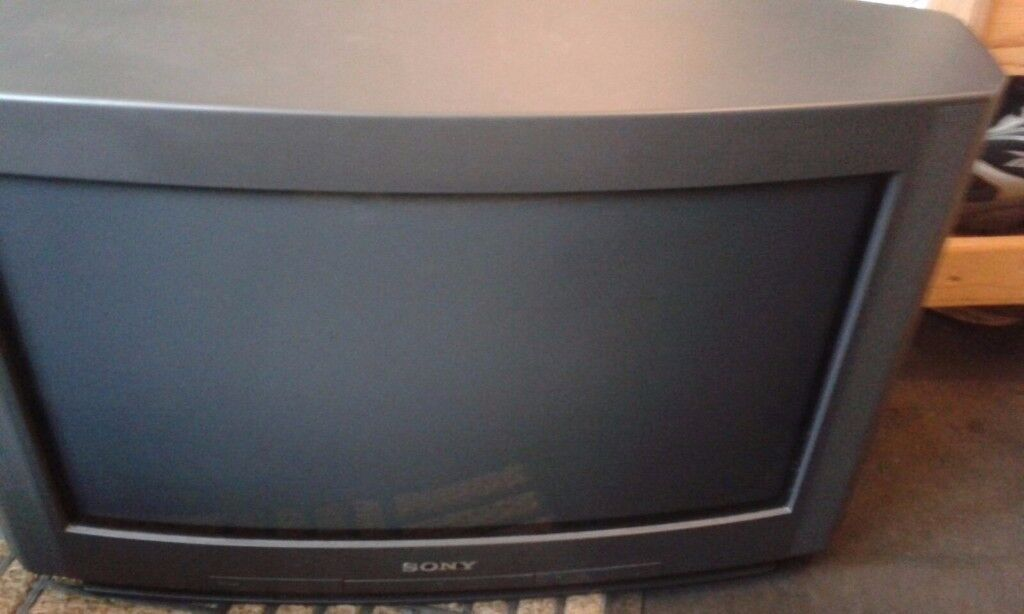 sony tv 24 inch. sony tv 24 inch wide screen and a 21 4:3 both