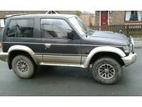 12months mot.90k miles its solid jeep runs an drives great first £1500 buys it still using it