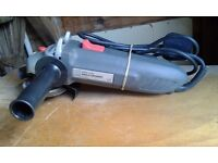 Performance 600w 115mm ANGLE GRINDER