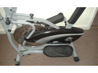 Cross trainer/excersise bike (Fitnessform)