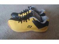 Yonex Junior badminton shoes