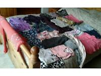 GIRLS BUNDLE OF CLOTHES.