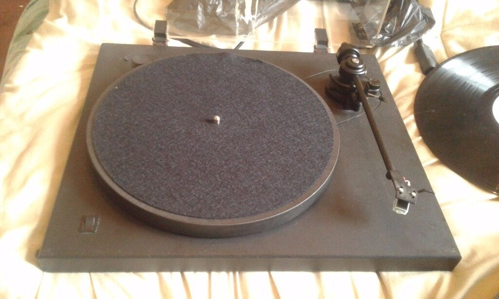 Ariston Elite Turntable