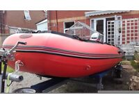 RIB (Rubber Inflatabe Boat)