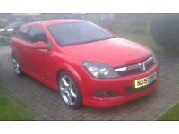 Vauxhall Astra 1.9 SRI cdti (diesel) in red with X Pack (Full MOT & Cheap)