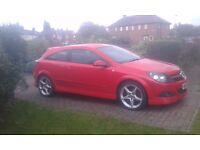 Vauxhall Astra 1.9 cdti SRI in red with X pack (Ful MOT & Cheap)
