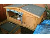 Windsor rabbit hutch & run