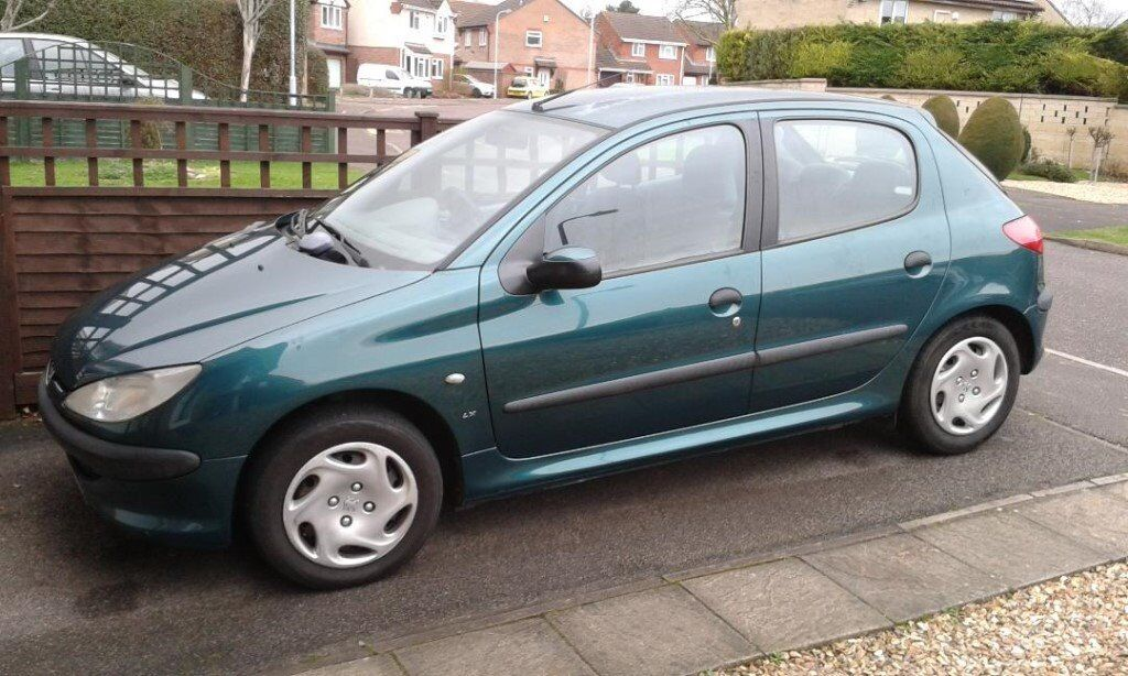 Peugeot 206, W Reg. 2000, sel 1.9. Only 83000 miles, service ...
