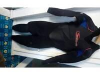 Sola 5/4mm Wetsuit, Size Medium