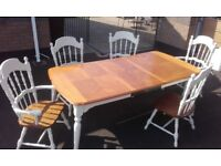 Extendable Kitchen Table and 5 chairs - 2 carver chairs - 3 ordinary