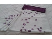 Mulberry & White Double Bedset Includes 3 Matching pillowcases as well as 2 Contrasting pillowcases