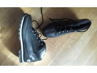 Selling this pair of Timberland boots