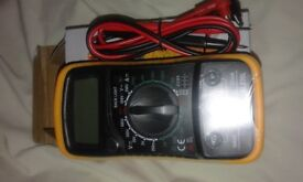 LCD Digital Multimeter Voltmeter (NEW)