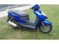 Honda Dylan 125cc blue