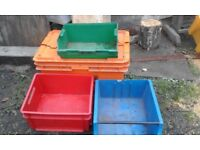 Assorted sizes of storage boxes