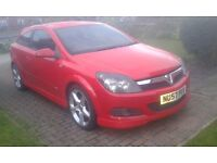 Vauxhall Astra 1.9 cdti SRI in red with X pack (Full MOT & Cheap)