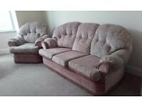 Lovely 3 piece suite. Quick sale needed