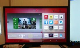 "32"" Hitachi Smart TV"
