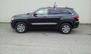2012 Jeep Grand Cherokee Laredo +Cuir, Toit, Caméra Recul+