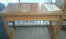 stunning oak desk or hall stand with drawer lovely condition £80.00