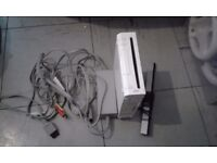 Nintendo wii console with all complete leads