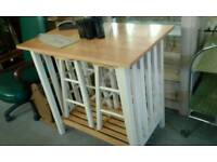 Painted pine kitchen bar with 2 stools under £80.00