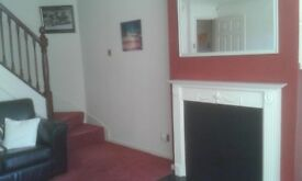 Double room with bills inc. lovely, clean, professional home. Beautiful location