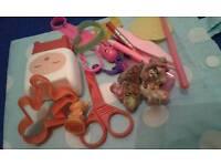 Toys many