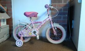 Toddler bicycle with stabilisers