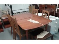 TEAK EXTENDING DINING TABLE AND 4 CHAIRS GREAT CONDITION £75.00