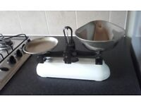 Avery 2 lb kitchen scales
