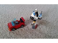 Lego City Police Motorctcle with policeman, thief and stolen sports car