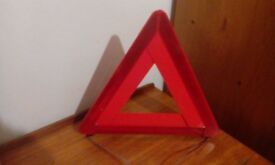 AA ADVANCE WARNING TRIANGLE