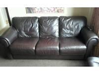3 seatet scs leather settee