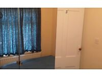 Single bed room in Hayes